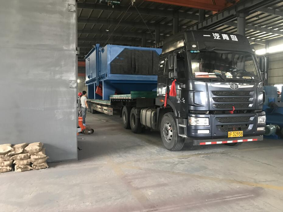 成功发货至广西南宁一台环保节能的H型钢结构抛丸机 3