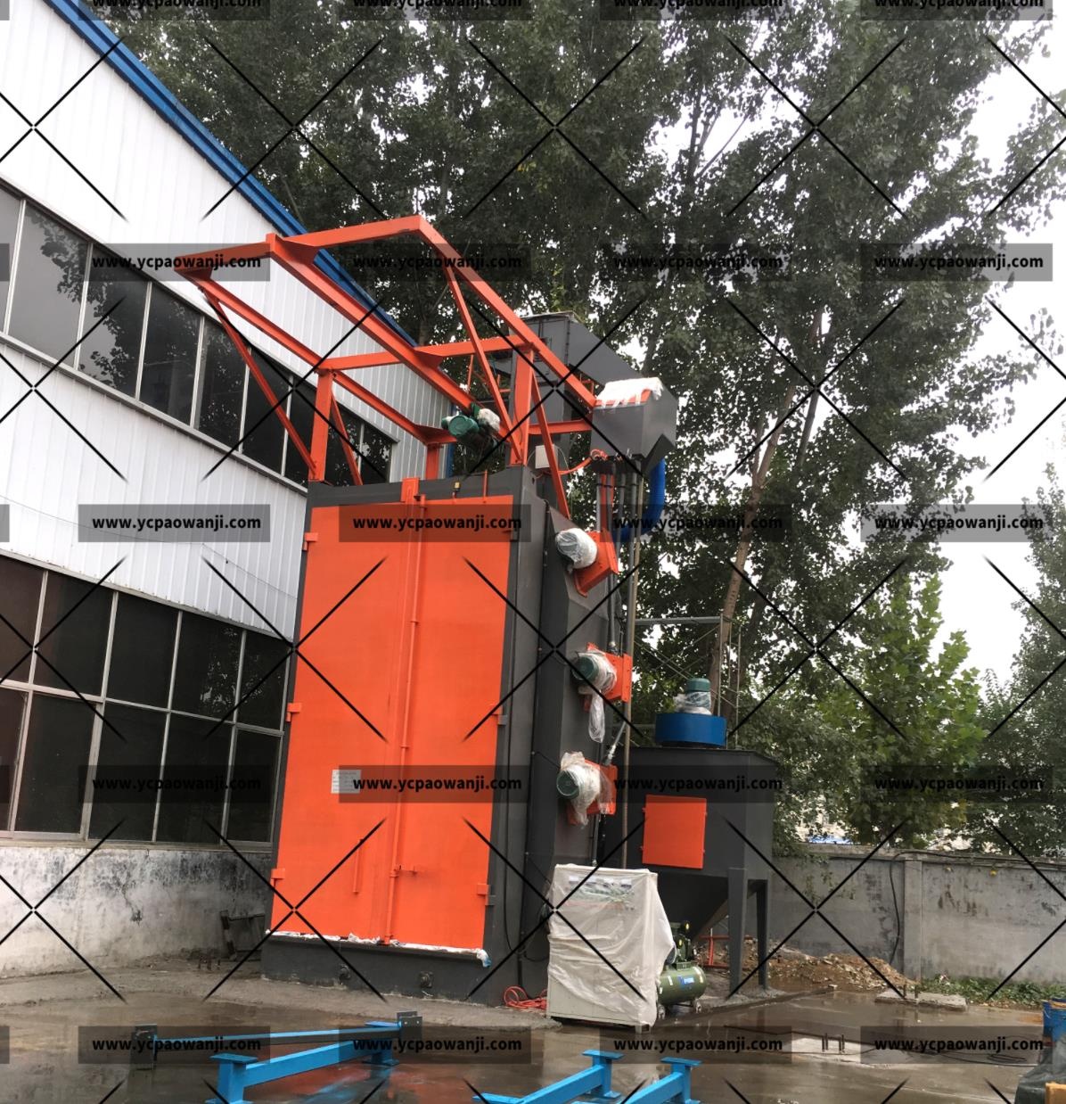 盐城:Q37100吊钩式抛丸机清理大型工件,重型工件效果